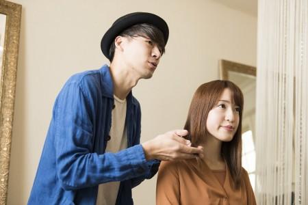 美容学生がホストをする理由